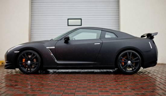Nissan GT-R black matte
